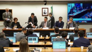 Sérgio Souza pede informações ao Ministério da Economia sobre tributação das exportações
