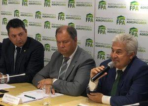 FPA discute falta de conectividade no campo com ministro Marcos Pontes