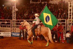 perola festa rodeio 300x200 - XXVII Expopérola - Festa de Rodeio