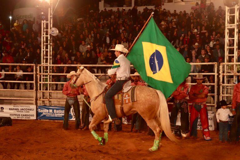 perola festa rodeio 768x512 - XXVII Expopérola - Festa de Rodeio
